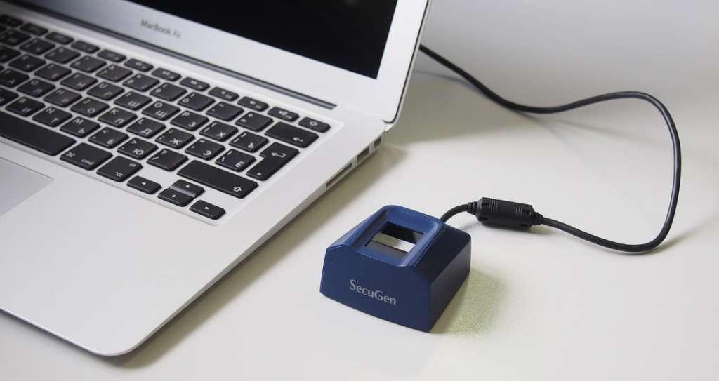 Биометрический считыватель Hamster Pro